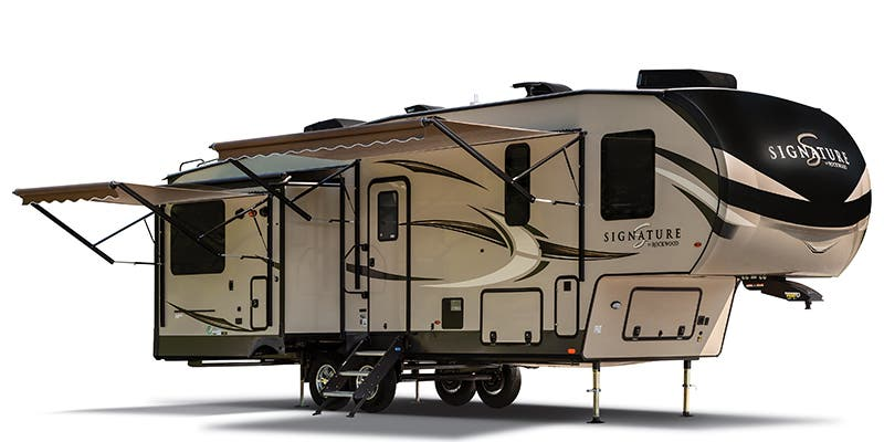 2020 Forest River Rockwood Signature Ultra Lite (Fifth Wheel)